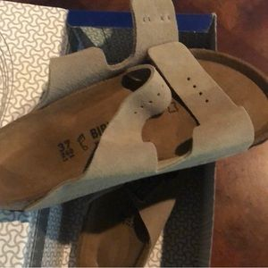Birkenstock taupe suede size 37